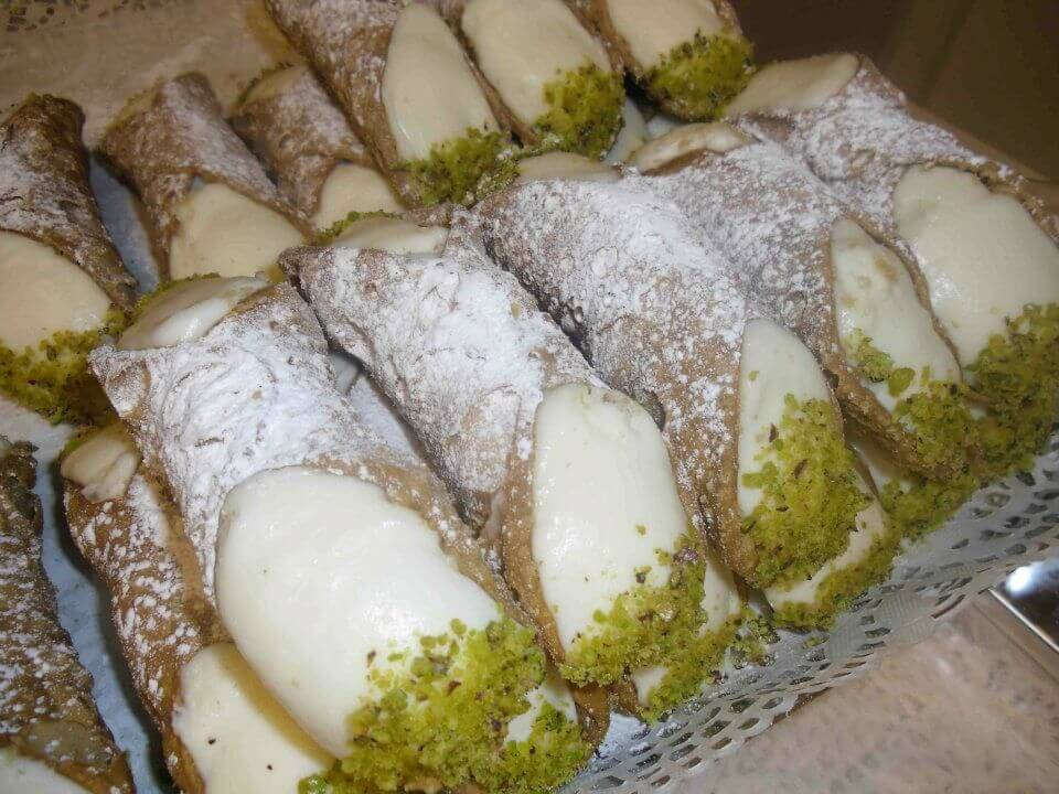 cannolo catanese